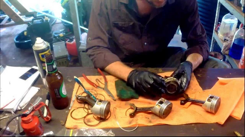 How to install piston rings 4 stroke
