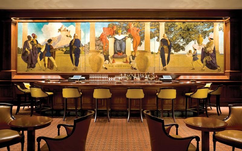 most spectacular hotel bar