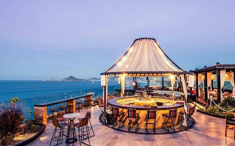most spectacular hotel bar in Mexico