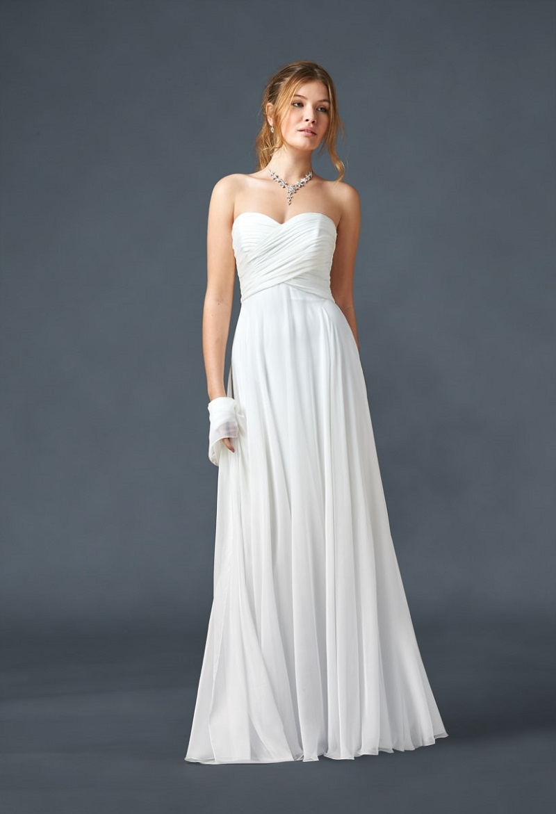 What material are you? The 5 most popular fabrics for wedding dresses