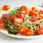 Vegetable spaghetti with homemade pesto and lemon