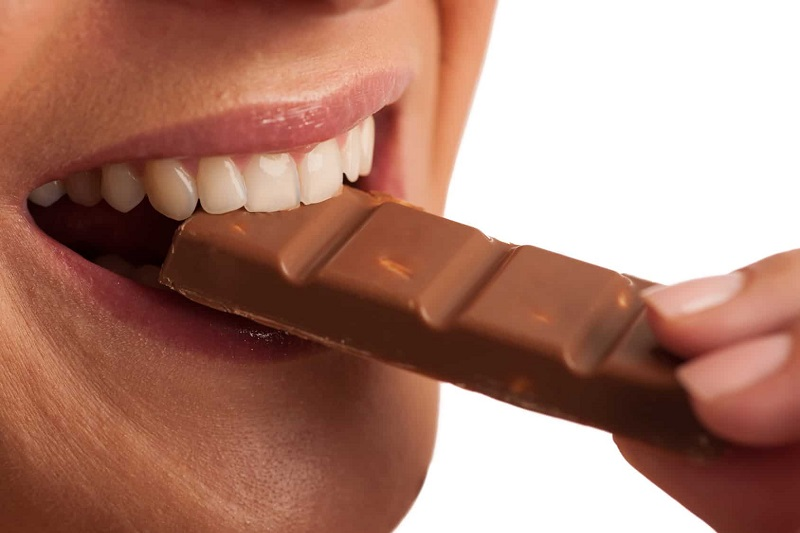 Is dark chocolate good for your teeth? The truth about dark chocolate benefits