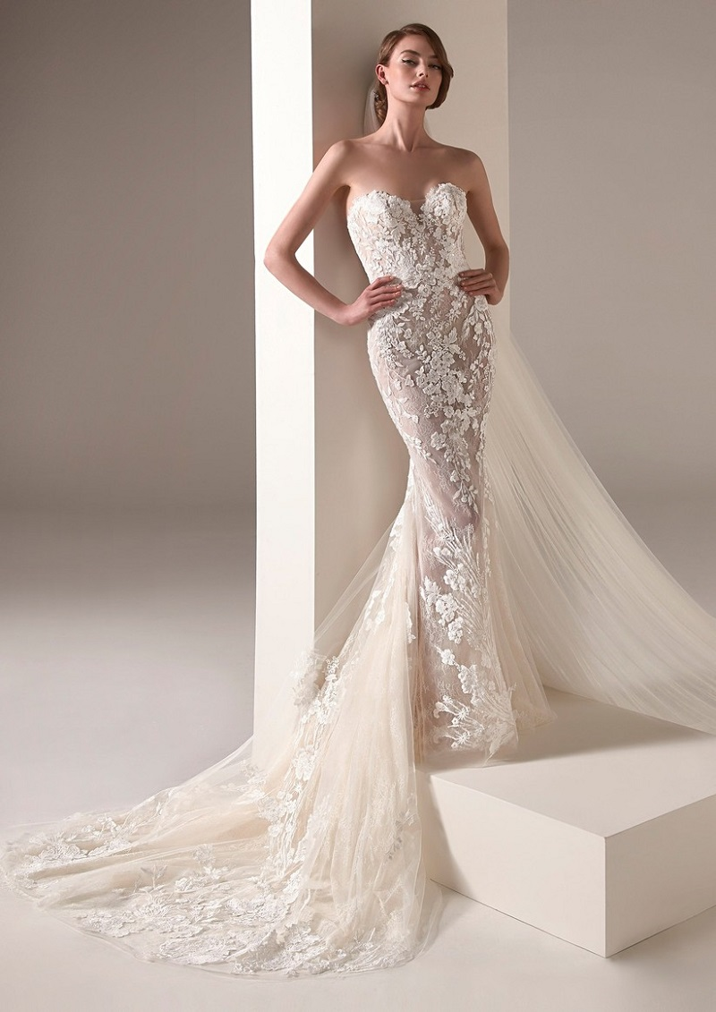 Lace wedding dresses for different styles